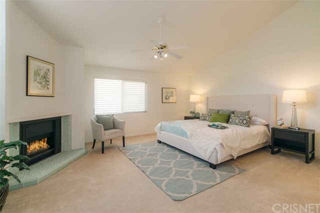 Additional photo for property listing at 5255 Zelzah Avenue Unit 113 5255  Zelzah Avenue Encino, California 91316 United States