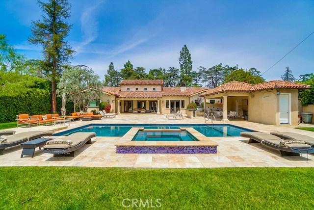 13728 Chandler Boulevard, Sherman Oaks CA: http://media.crmls.org/mediascn/dc279632-9231-4f96-9559-042e757009ea.jpg