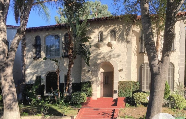 Property for sale at 746 South Genesee Avenue, Los Angeles,  CA 90036