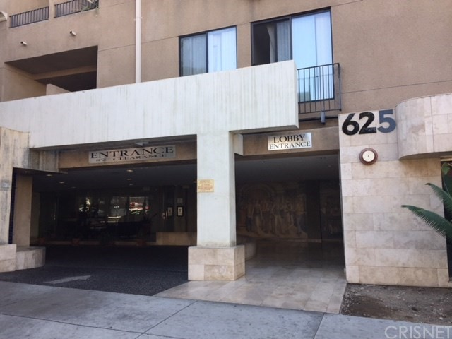 625 S Berendo Street Unit PH 613 Los Angeles, CA 90005 - MLS #: SR17246576