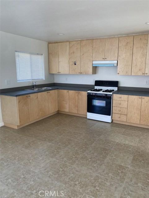 6735 Elmer Avenue, North Hollywood CA: http://media.crmls.org/mediascn/dc77b72b-856a-44f2-83c6-d66d86b6e123.jpg