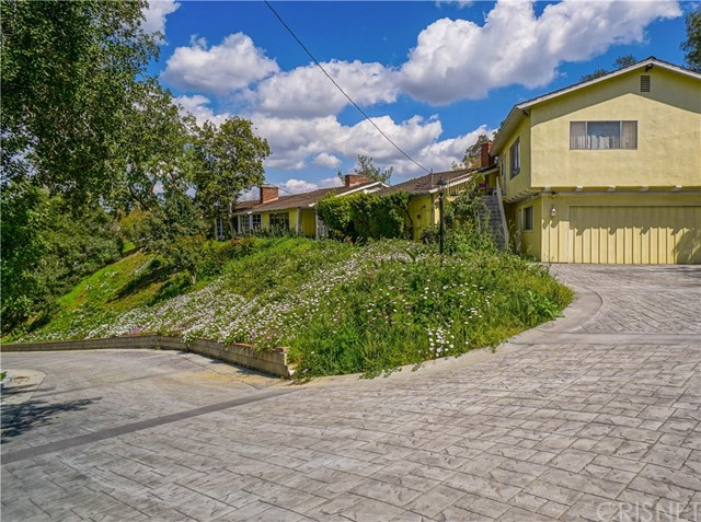 3581 Woodhill Canyon Road Studio City, CA  is listed for sale as MLS Listing SR18074857