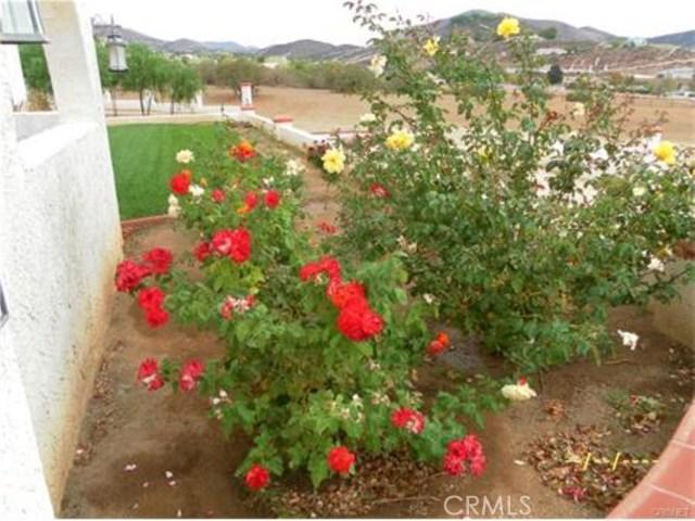 2473 Via Clarita, Acton CA: http://media.crmls.org/mediascn/dc972e69-1ae7-4de5-a6dc-72ea24241519.jpg