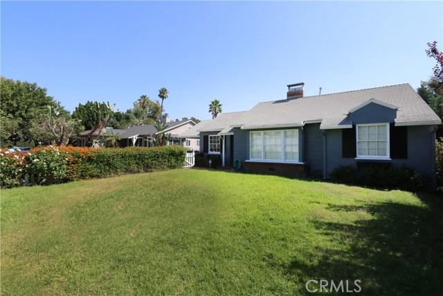5530 Carpenter Avenue, Valley Village CA: http://media.crmls.org/mediascn/dca1a13a-a665-4358-9b7a-a83d3722c96f.jpg