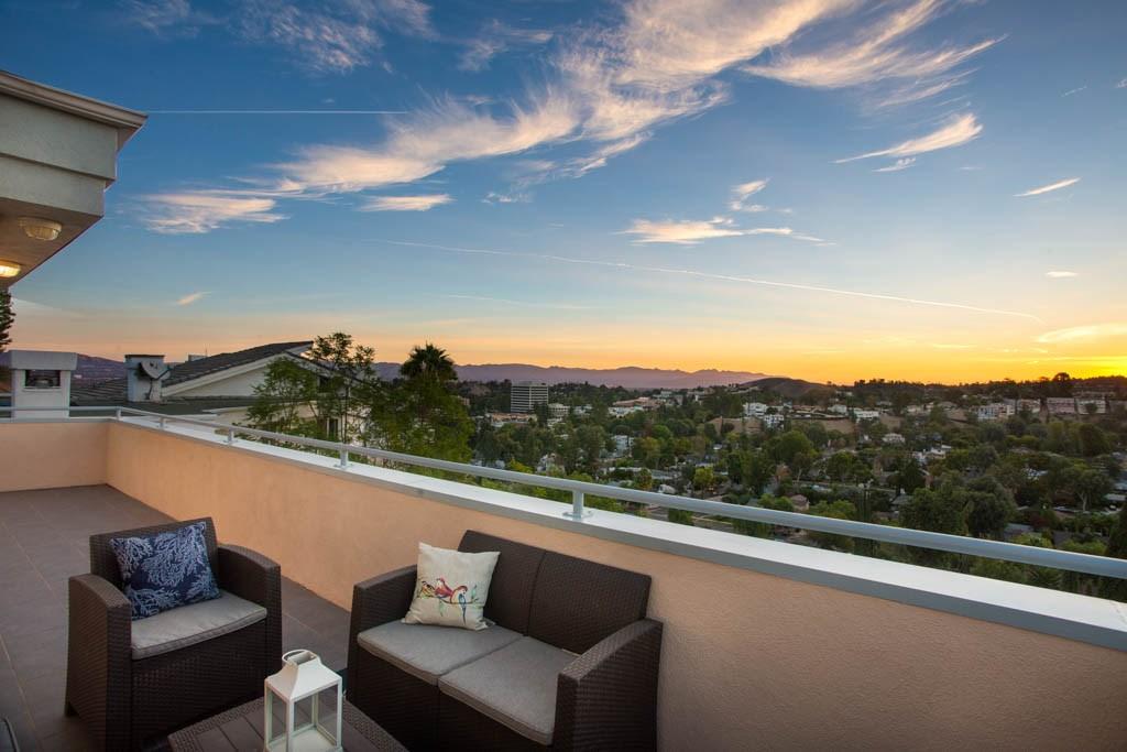 5216 Medina Road Woodland Hills, CA 91364 - MLS #: SR18273799