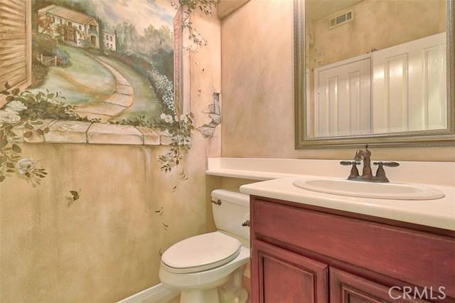 26061 Salinger Lane, Stevenson Ranch CA: http://media.crmls.org/mediascn/dd2b4c50-a0be-4604-afe6-42658ce12df0.jpg
