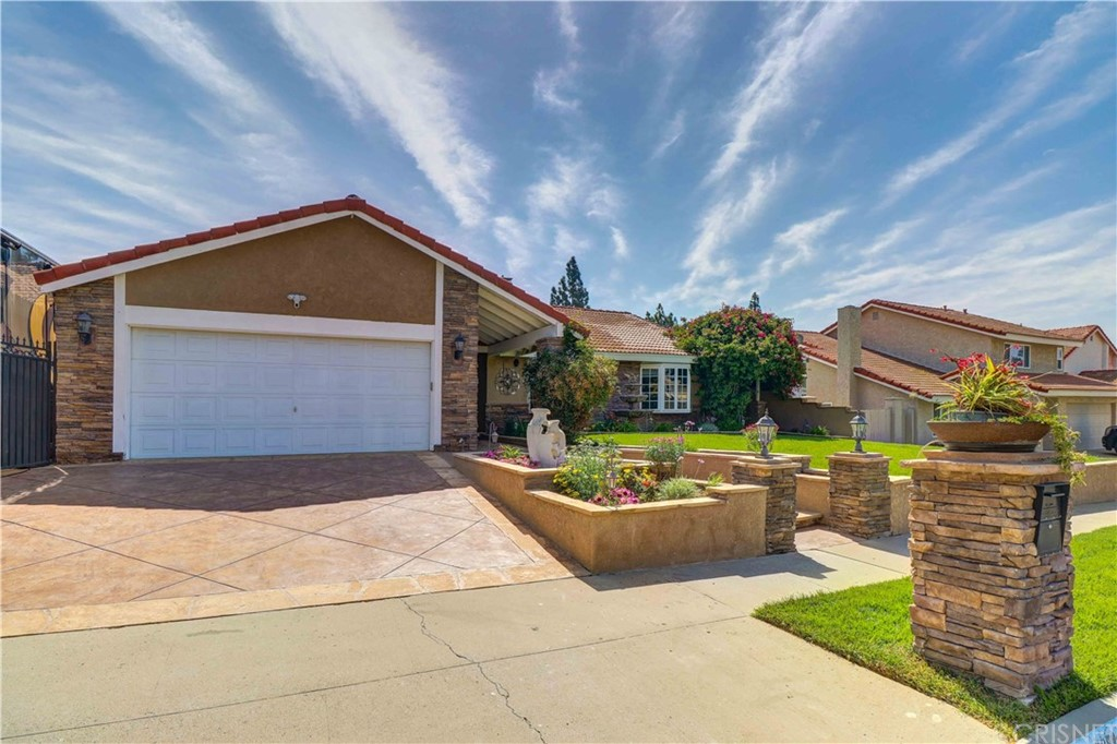 Photo of 2852 TIFFANEY LANE, Simi Valley, CA 93063