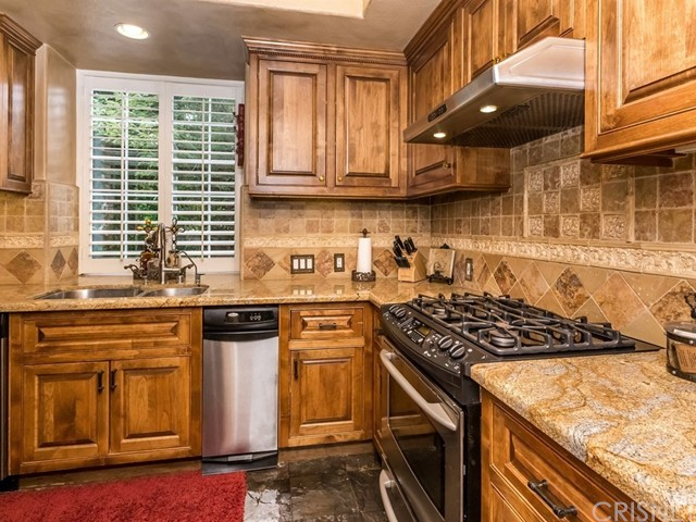 24361 Valley Street Newhall, CA 91321 - MLS #: SR18123825