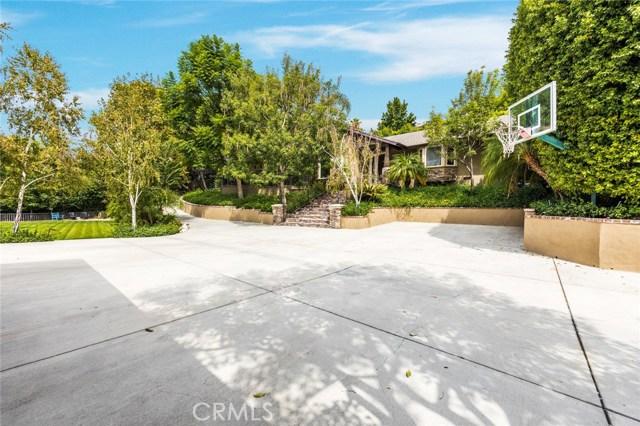 独户住宅 为 销售 在 1171 E Providencia Avenue 伯班克, 加利福尼亚州 91501 美国