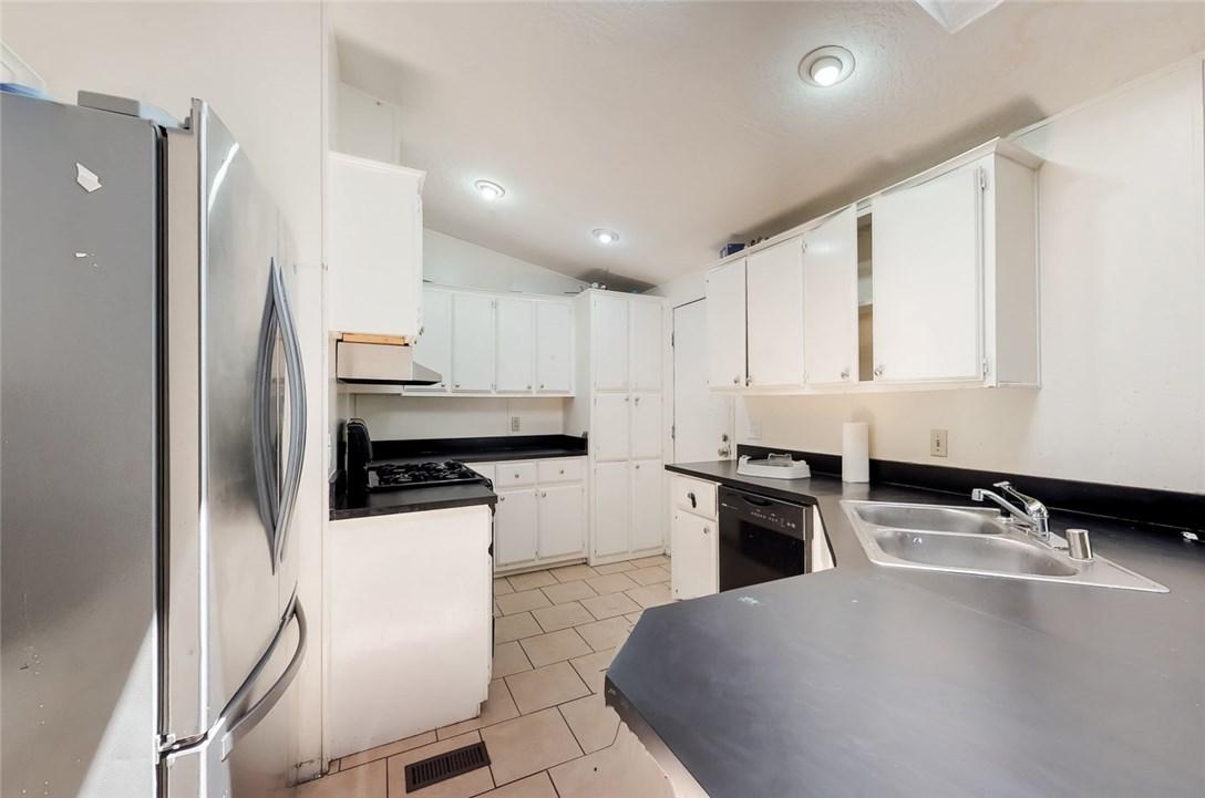31927 Quartz Lane Castaic, CA 91384 - MLS #: SR18097537
