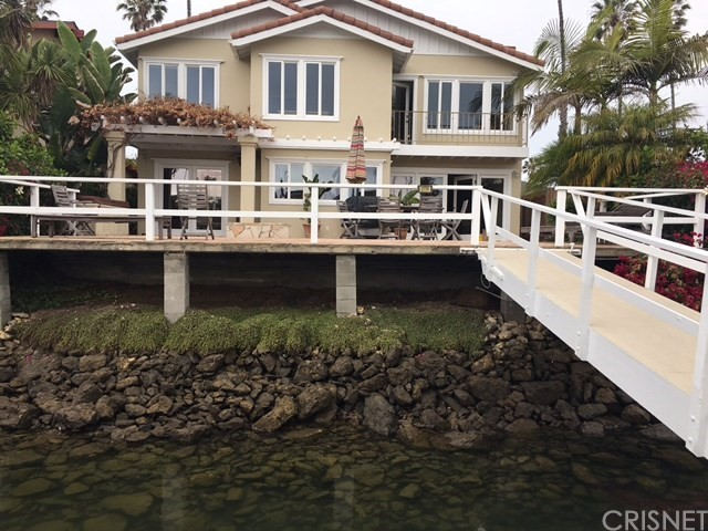 2770 Bayshore Avenue Ventura, CA 93001 is listed for sale as MLS Listing SR17140814