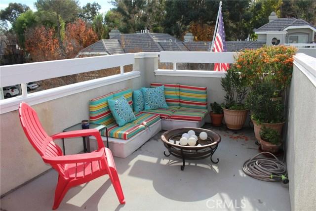 23963 Arroyo Park Drive, Valencia CA: http://media.crmls.org/mediascn/de9d6f95-344c-4203-8014-23d026ccbc9f.jpg