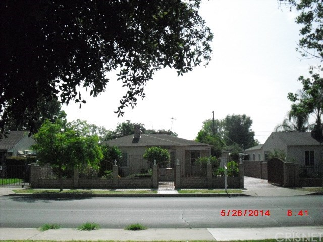 6544 Saint Clair Avenue, North Hollywood, CA 91606