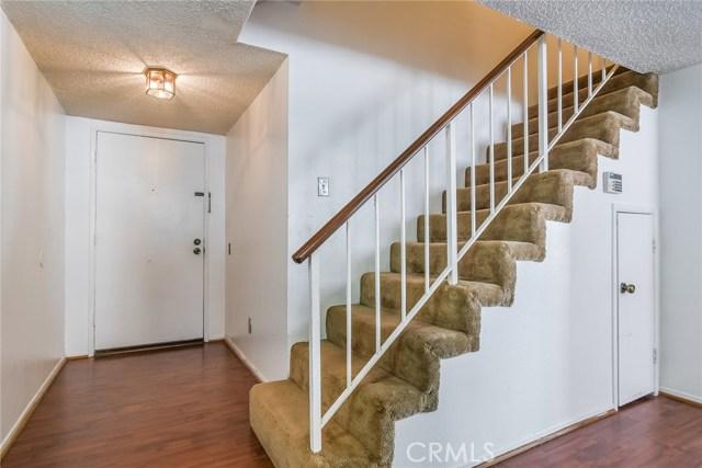 15322 Weddington Street Unit 8 Sherman Oaks, CA 91411 - MLS #: SR18254098