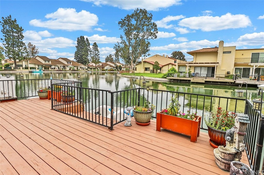 1672 EDGEWATER Lane, Camarillo, CA 93010
