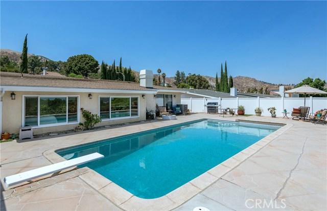 17460 Tuscan Drive, Granada Hills CA: http://media.crmls.org/mediascn/df77a598-0a4d-4547-aa9d-9a935c7e5676.jpg