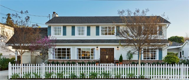 Photo of 15934 Morrison Street, Encino, CA 91436