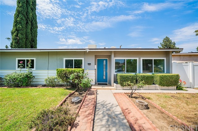 22843 Sherman Way, West Hills CA: http://media.crmls.org/mediascn/df924d5d-6f51-4a84-9302-bead9b8c396d.jpg