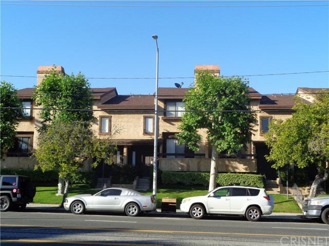14201 Foothill Bl, Sylmar, CA 91342 Photo