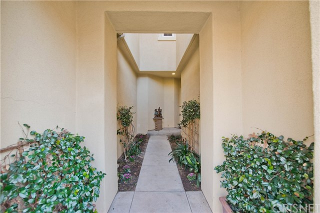 21956 Cortina Place Chatsworth, CA 91311 - MLS #: SR18056836