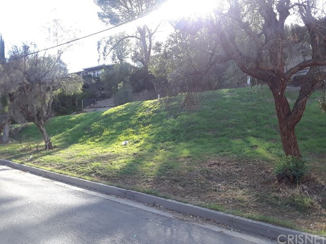 5271 Marmol Drive, Woodland Hills, CA 91364