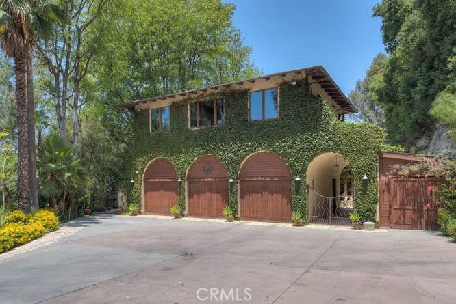 3930 HOLLYLINE Avenue, Sherman Oaks, CA 91423