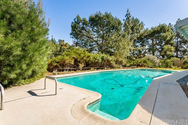 1260 Doremus Rd, Pasadena, CA 91105 Photo 18