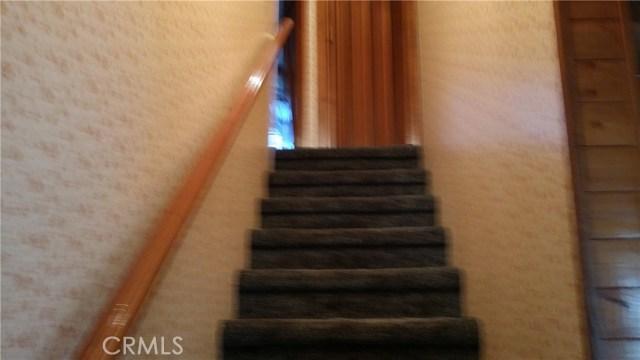 1901 Bernina Drive, Pine Mtn Club CA: http://media.crmls.org/mediascn/e0e6fa3e-1b75-4ca9-ae25-5c15d000d76a.jpg