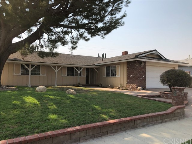 Photo of 2207 Lindale Avenue, Simi Valley, CA 93065