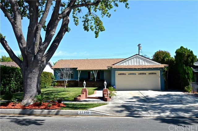 Single Family Home for Sale at 22715 Gault Street 22715 Gault Street West Hills, California 91307 United States