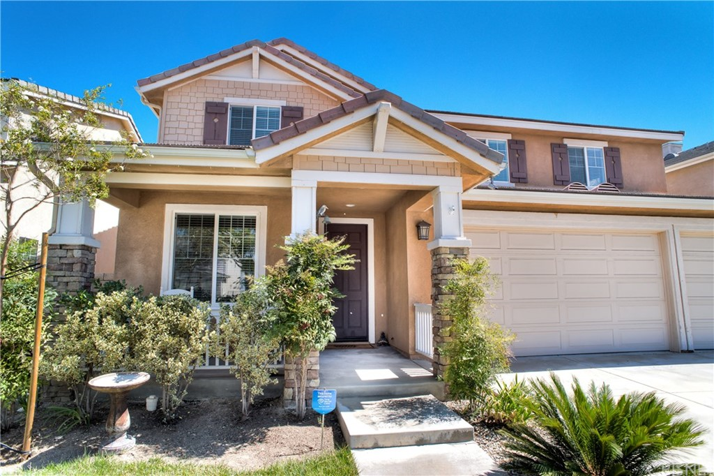 19824 ELLIS HENRY Court, Newhall, CA 91321