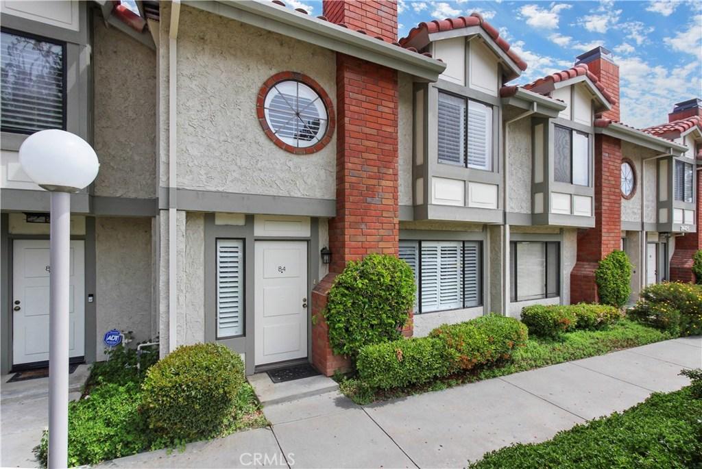Photo of 24425 VANOWEN #84, West Hills, CA 91307