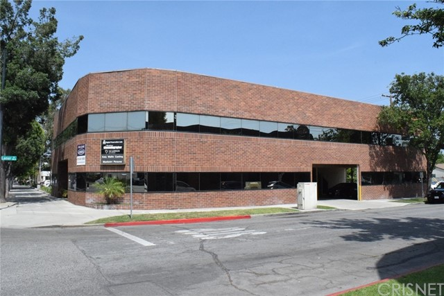 Offices for Sale at 1918 W Magnolia Boulevard Burbank, California 91506 United States