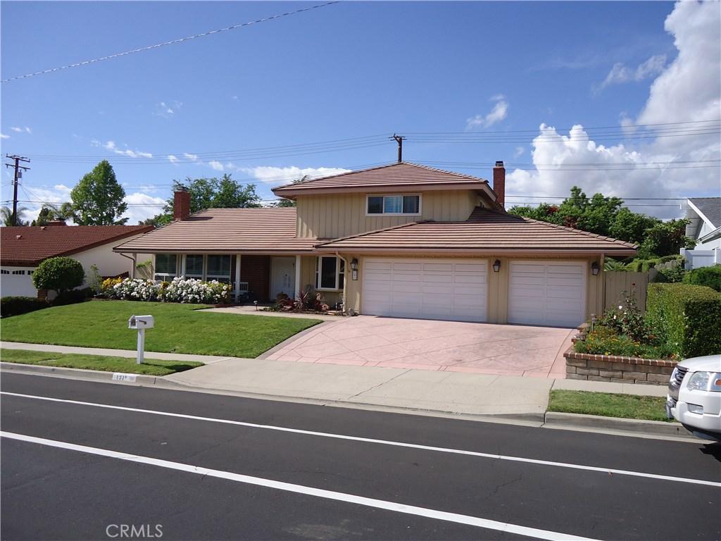 Photo of 131 WEST AVENIDA DE LAS FLORES, Thousand Oaks, CA 91360