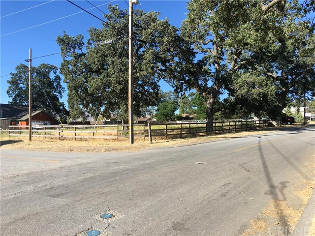 50 Lot Hialeah Drive, Stallion Springs CA: http://media.crmls.org/mediascn/e2d6e002-84cf-488b-b3c5-be8747a3c191.jpg