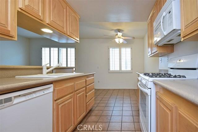 6221 1/2 Nita Avenue, Woodland Hills CA: http://media.crmls.org/mediascn/e2e5c200-550a-4cfa-8afe-82667cc25014.jpg