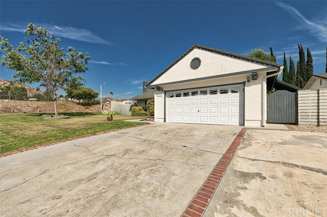 29124 Lotusgarden Drive Canyon Country, CA 91387 - MLS #: SR18186375