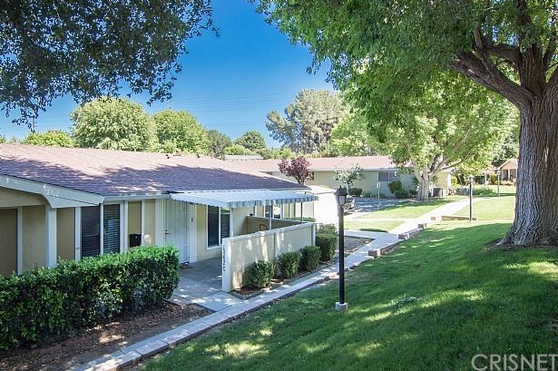 19202 AVENUE OF THE OAKS C, Newhall, CA 91321