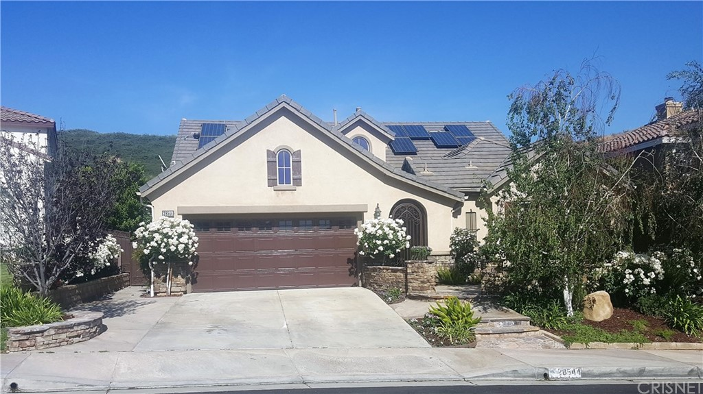 Property for sale at 28544 Agajanian Drive, Saugus,  CA 91390