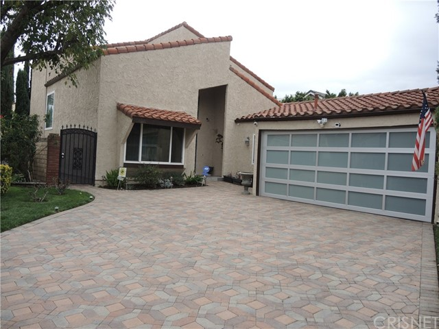 Single Family Home for Rent at 6916 Loma Verde Avenue Canoga Park, California 91303 United States