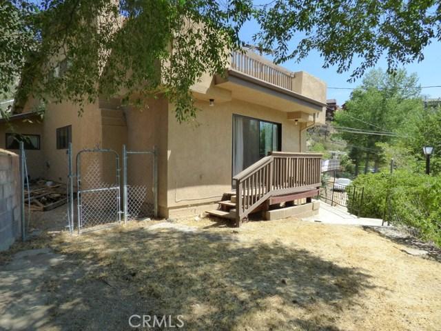 825 Buena Vista Way, Frazier Park CA: http://media.crmls.org/mediascn/e40df6c8-7540-4df4-80bb-b8d1ac8648d6.jpg