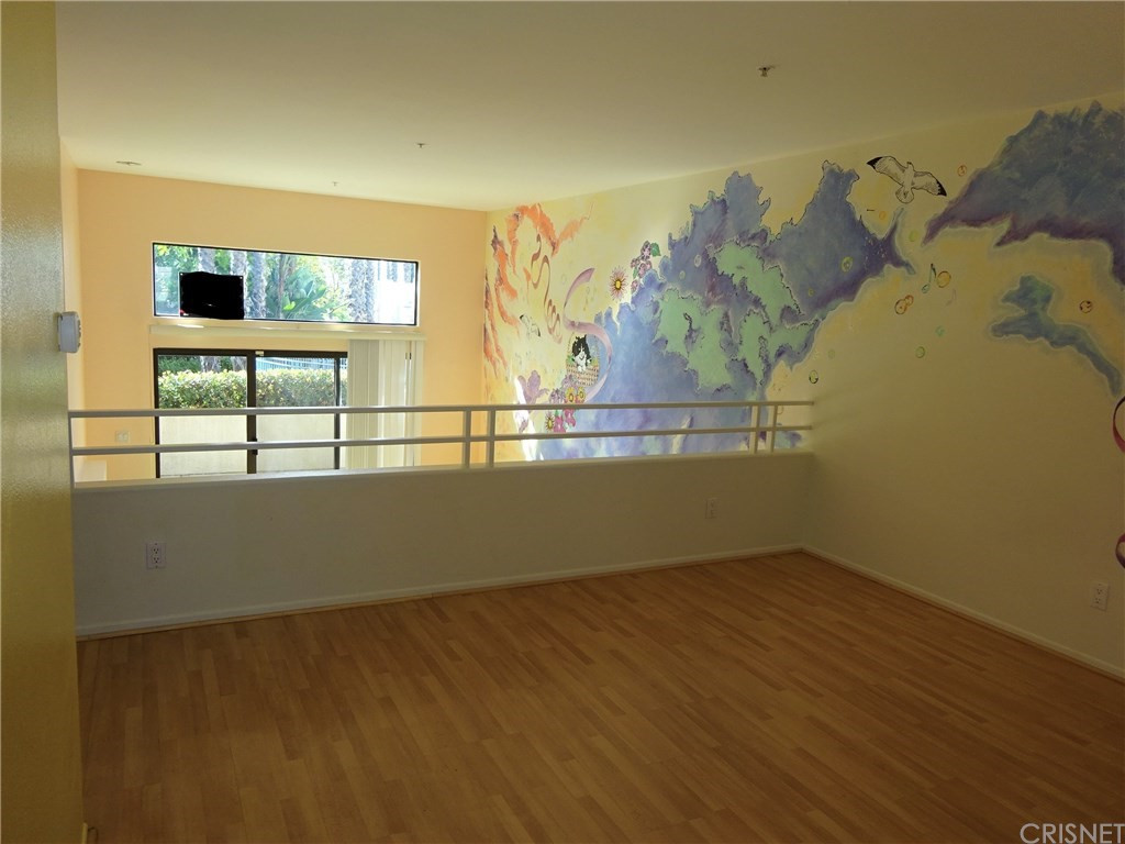 Property for sale at 7111 HANNUM AVENUE, Culver City,  CA 90230