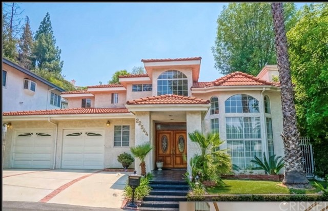 Single Family Home for Sale at 22544 Macfarlane Drive 22544 Macfarlane Drive Woodland Hills, California 91364 United States
