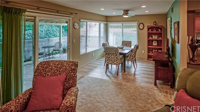 26322 Long Oak Drive Newhall, CA 91321 - MLS #: SR18029266