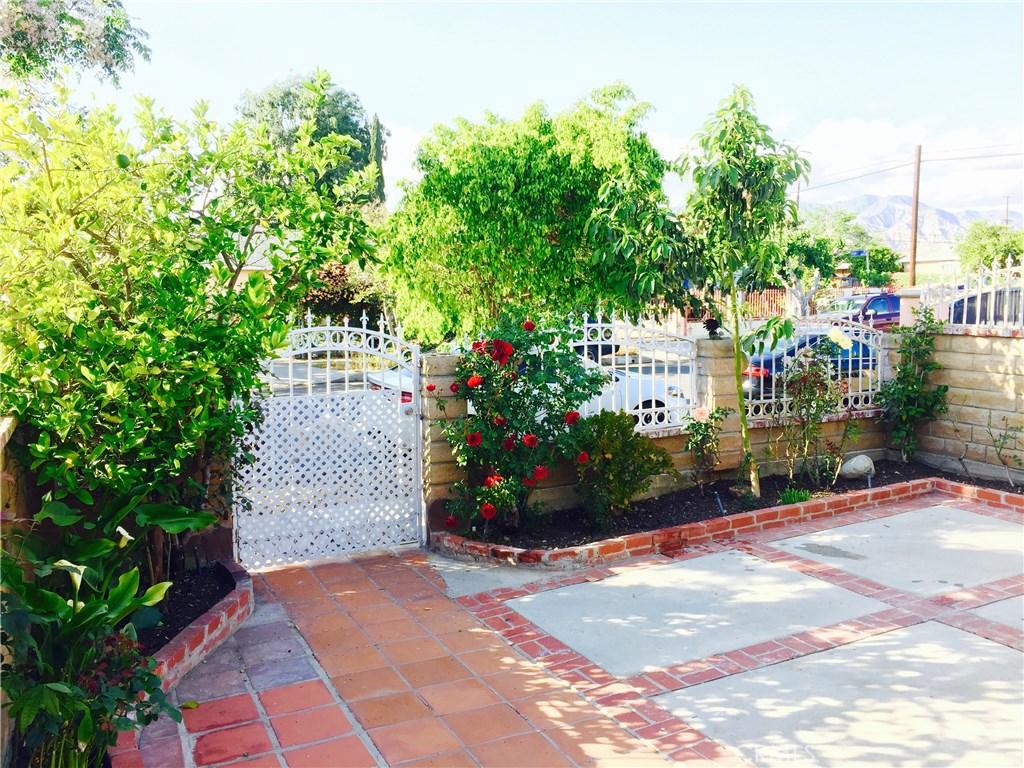 13158 Carl Street, Pacoima, CA 91331