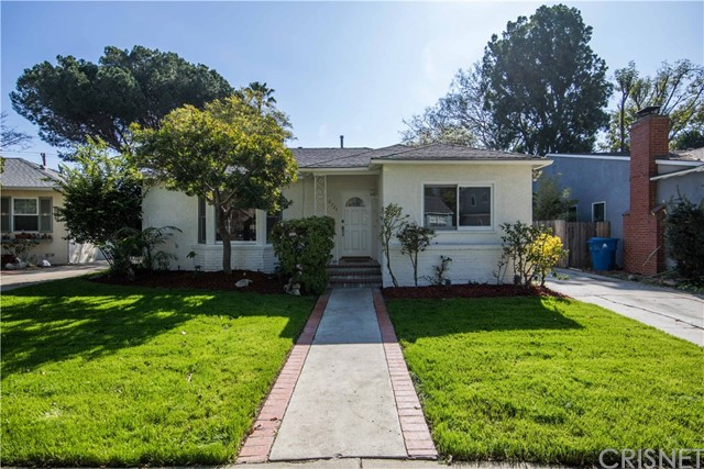 2726 Castle Heights Place, Los Angeles CA 90034