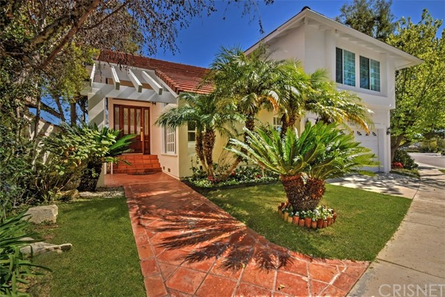 Single Family Home for Sale at 2700 Angelo Drive Los Angeles, California 90077 United States