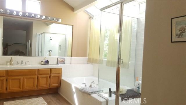 27403 Weathersfield Drive Valencia, CA 91354 - MLS #: SR17216180