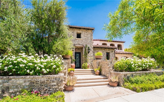 25825 OAK MEADOW DRIVE, VALENCIA, CA 91381  Photo 2