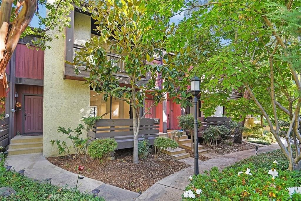Photo of 21931 BURBANK BOULEVARD #27, Woodland Hills, CA 91367